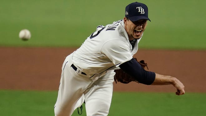Rays starting pitcher Charlie Morton throws against the Astros during the sixth inning in Game 7 of the American League Championship Series on Saturday.
