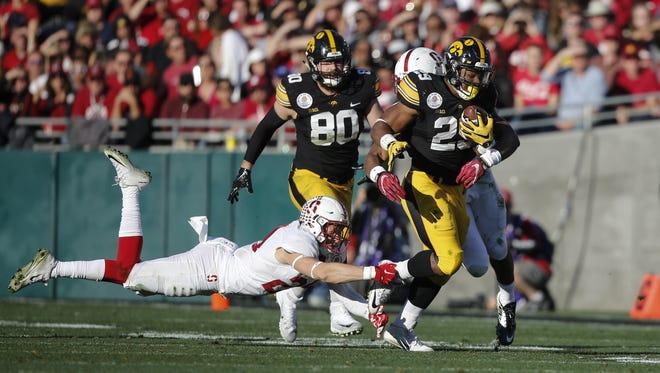 Iowa running back LeShun Daniels, Jr., runs the ball against Stanford on Friday, Jan. 1, 2016, at the Rose Bowl in Pasadena, Calif.