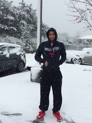 Stephen Strachan in the snow on Friday in Murfreesboro.