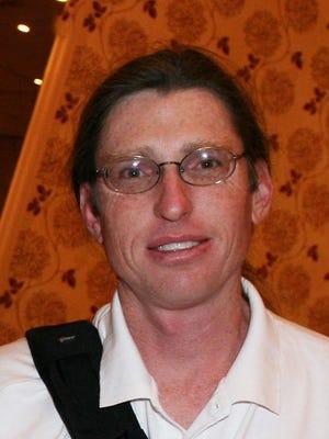 Douglas Opbroek