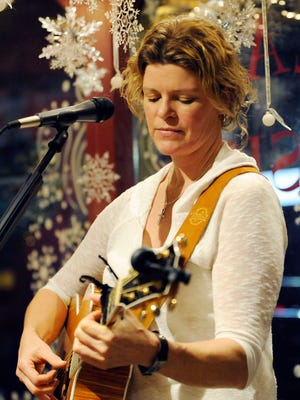 """Kelly Vaughn performs """"Wonderwall"""" Jan. 23 at Square Seven Coffee House in downtown Lancaster."""
