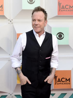 Kiefer Sutherland on the red carpet at the 51st Academy of Country Music Awards.