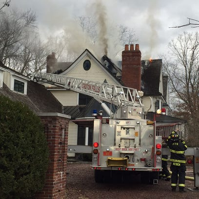Firefighters respond to a smoky Thanksgiving Day house