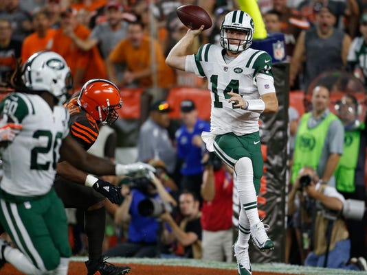Jets_Browns_Football_49618.jpg