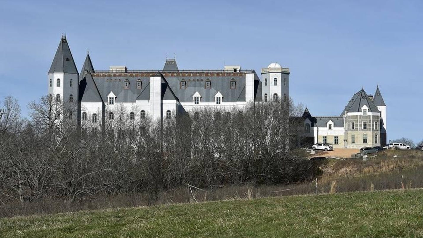 Pensmore Owner Wants Builders To Tear Down Castle And Rebuild It Attorney Says