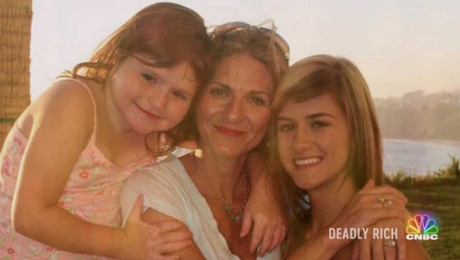 """A CNBC true crime show called """"Deadly Rich"""" will air an episode about Ventura County woman Pamela Fayed, who left behind two daughters when her estranged husband hired people to kill her in 2008."""