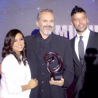 Miguel Bosé es galardonado por Global Gift Foundation USA