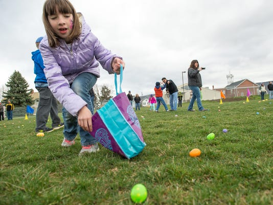 1 CPO-NHG-033017-EASTER-EGG-HUNT-02