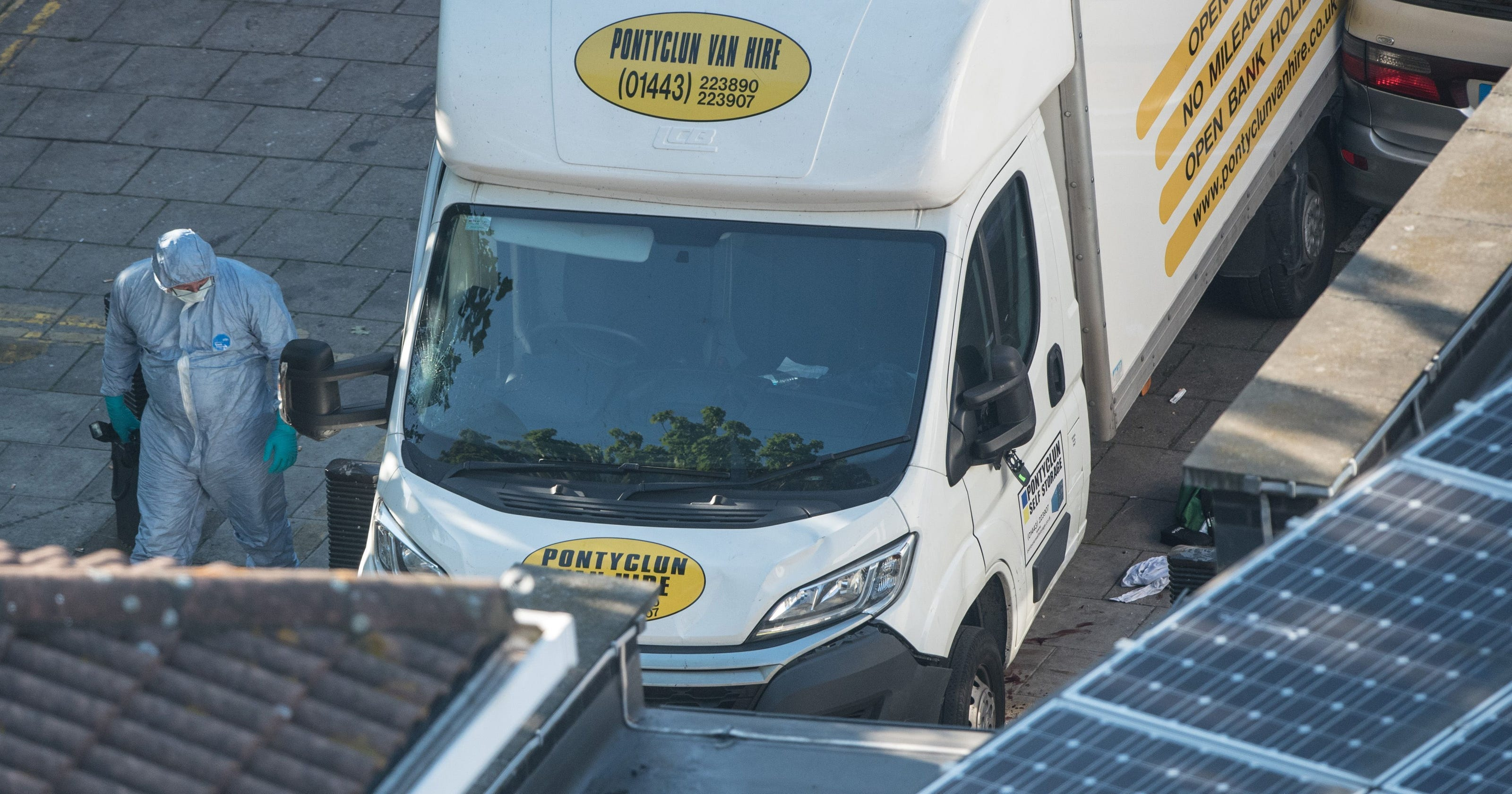 5780a089df1c76 Vehicle attack near London mosque  What we know