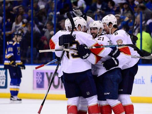 USP NHL: FLORIDA PANTHERS AT ST. LOUIS BLUES S HKN STL FLA USA MO