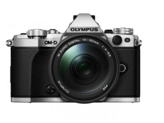 The E-M5 Mark II from Olympus is mirrorless technology at its finest.