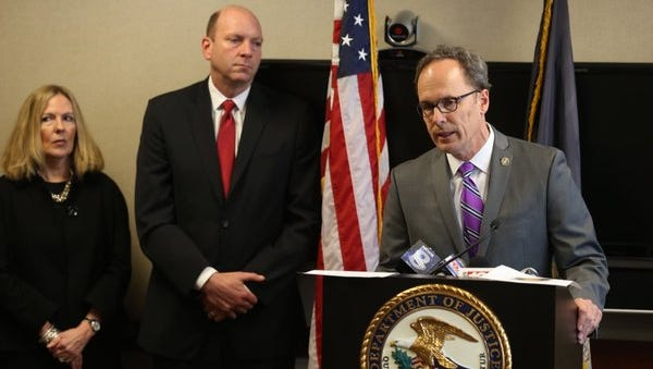 Former U.S. Attorney William Hochul holds press conference on major heroin bust in Rochester area in 2016. (March 31, 2016)