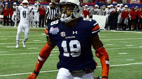 Auburn cornerback Carlton Davis (18) in the fourth quarter of the 2015 Chick-fil-A Kickoff Game at the Georgia Dome vs. Louisville on Sep 5, 2015.
