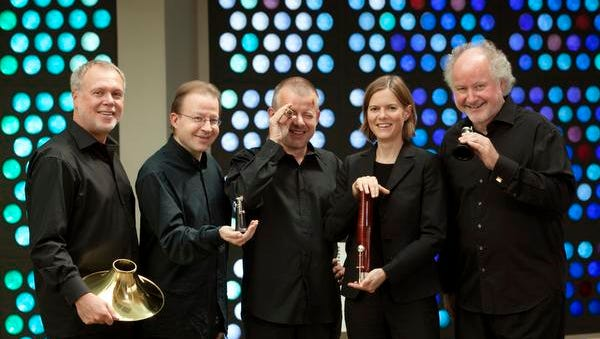 The Berlin Philharmonic Wind Quintet includes Fergus McWilliam, Andreas Wittmann, Michael Hasel, Marion Reinhard and Walter Seyfarth.