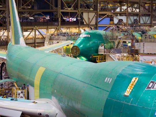 XXX 747-8-tour-at-Boeing009