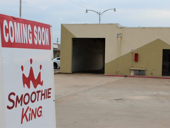 A Smoothiie King is going to open in the former Shell