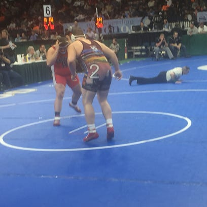 Section 4 wrestlers win two of eight semis