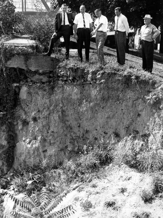 zan 0915 historic look levee.jpg
