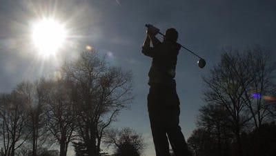 File: Golfer