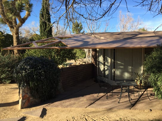 Lloyd Wright-designed Ridge Cottage at Joshua Tree