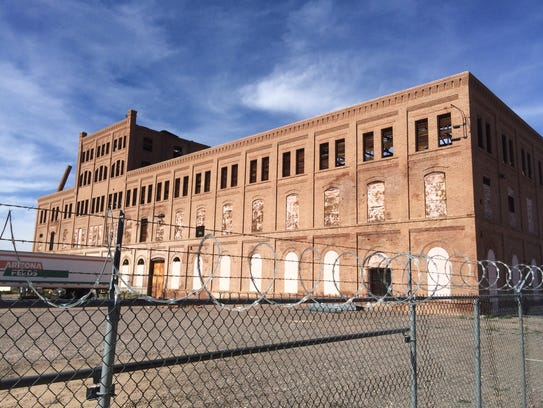 West Valley eyesores: Plans to restore Glendale's
