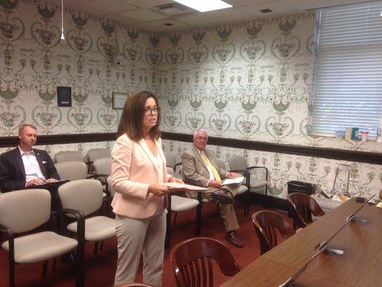 Tara MacDougall tells the Rutherford County Commission