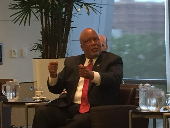 Democratic 2nd District U.S. Rep. Bennie Thompson is urging the national Democratic Party to support former Agriculture Secretary Mike Espy's Senate bid in Mississippi.,