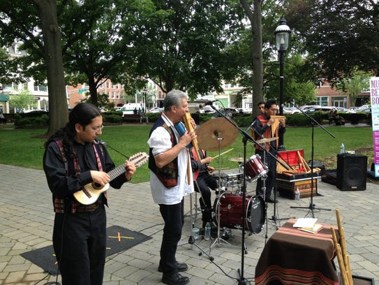 The South American band Eco Del Sur kicks off the Music