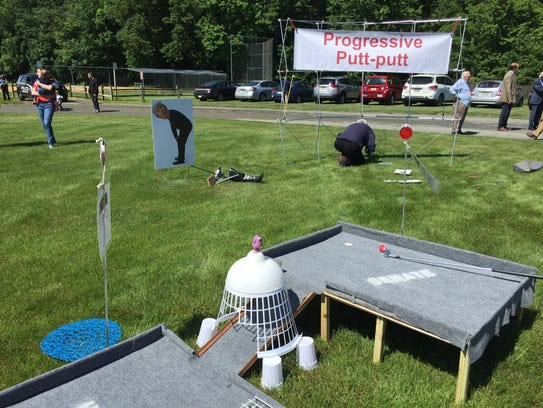 """Progressive Putt-putt"" at the March for Truth in Bedminster."