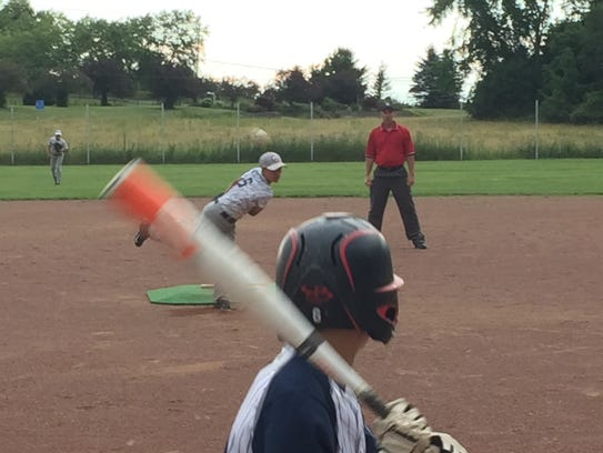 Licking County Outlaws pitcher Mason Hackett delivers