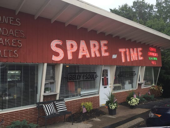 The front of Spare Time Belly and Soul in Alexandria