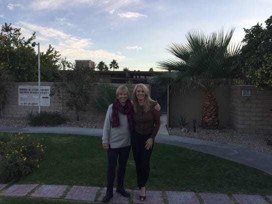 (L to R) Susan Hunt, a part-time desert resident and
