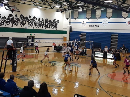 The Damonte Ranch volleyball team beat Carson, 3-0