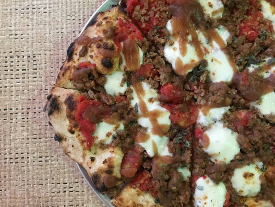 Midtowne Oven in Lafayette serves an incredible pizza