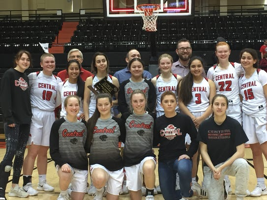 The Central girls basketball team places sixth in the