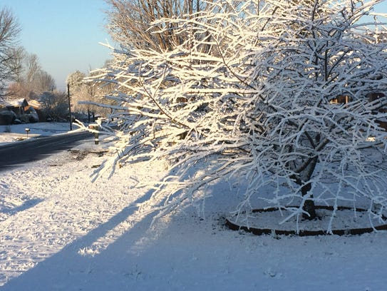 Robertson County residents woke up to an inch of snow
