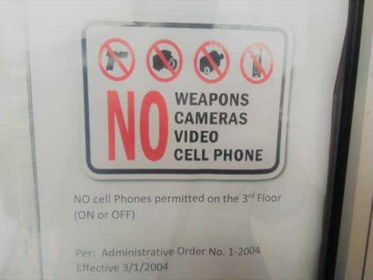 This sign prohibiting video in the Lebanon County courthouse