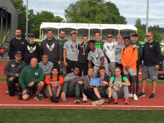West Salem poses with the Class 6A boys state track