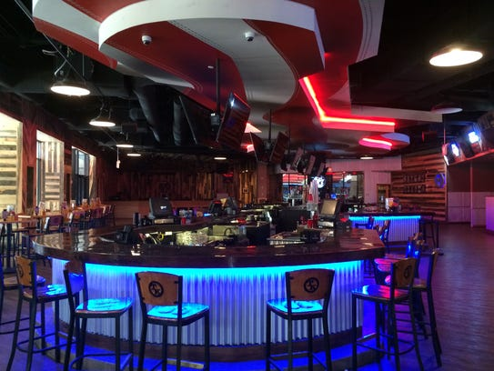 Toby Keith S I Love This Bar And Grill Centerpiece