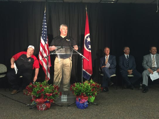 GM executives and Gov. Bill Haslam make announcement