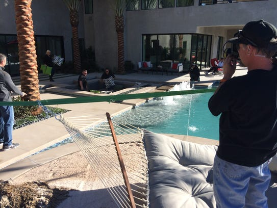 Diy show features palm desert pool builder for Pool show tv