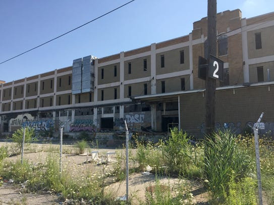 Old amc hq in detroit could face wrecking ball for Fast cash motors tyler tx