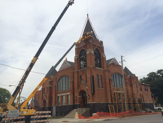 Sherman Hill S Kathedral Church Adds Steeple To Its Roof