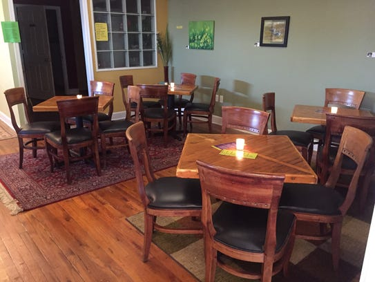 NOTES Wine Bar & Music Room in downtown Stuart offers