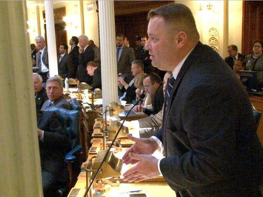 asb 1204 Assembly gun override vote