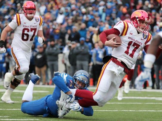 Tigers linbebacker Shareef White takes down Iowa State