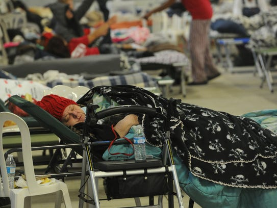 Several hundred displaced people from the Thomas fire