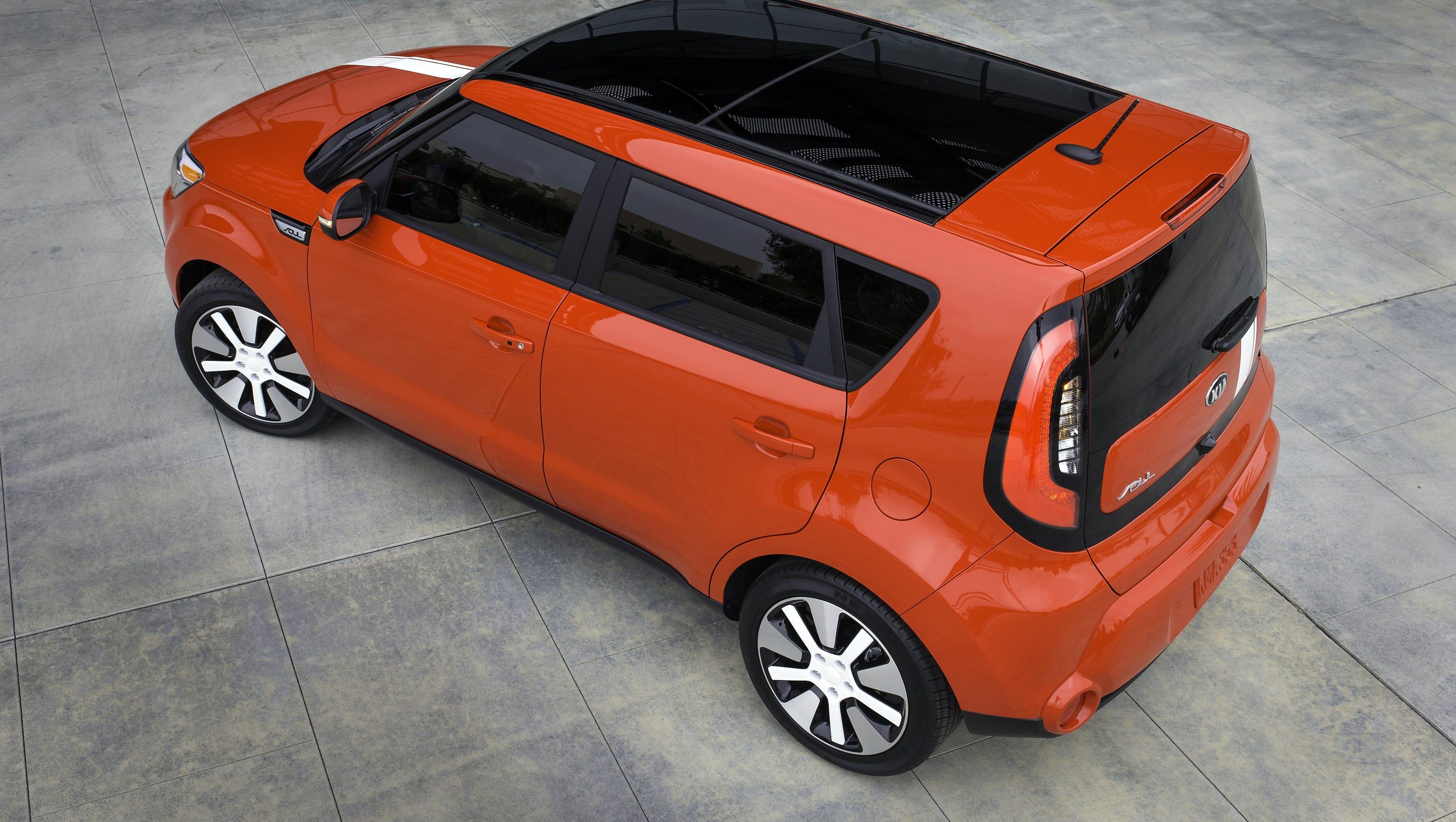 Edmunds.com's 10 Best Cars For Short Drivers
