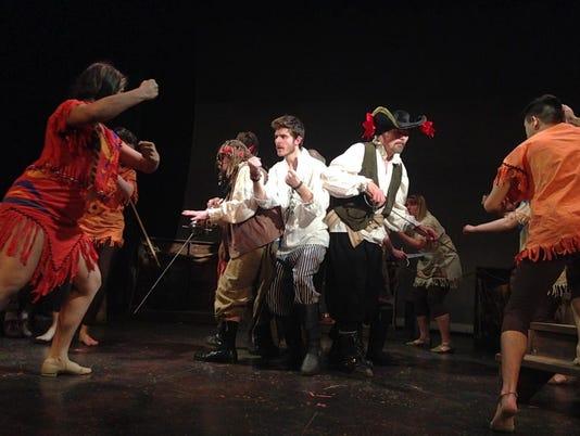 635592523613031822-Peter-Pan-pirates