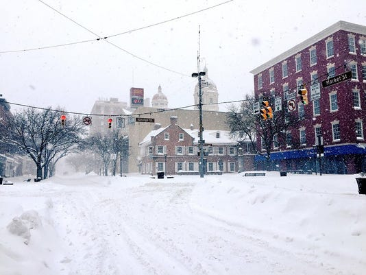 Continent Square Snow